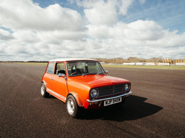 1980 Mini GT Main Photos (runway)-27