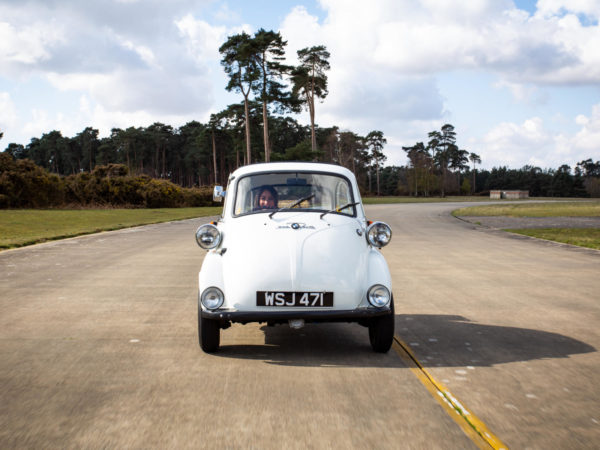 BMW Isetta 1962 In Motion (5)
